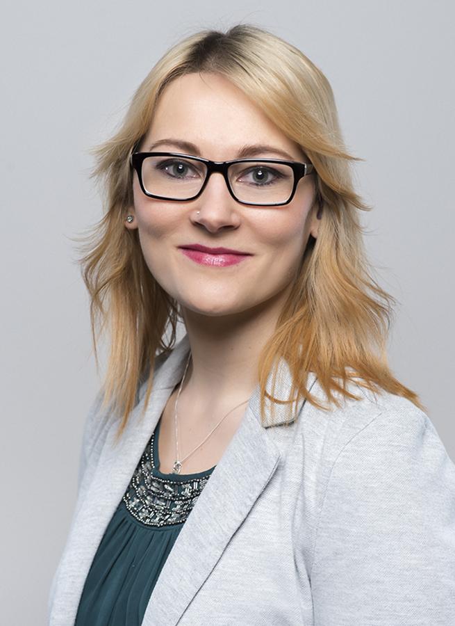 Jasmin Breitenberger, Innendienst